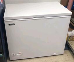 5 2 cu ft white chest freezer