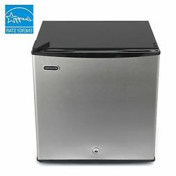 CUF-112SS Whynter 1.1 cu. ft. Energy Star Upright Freezer wi