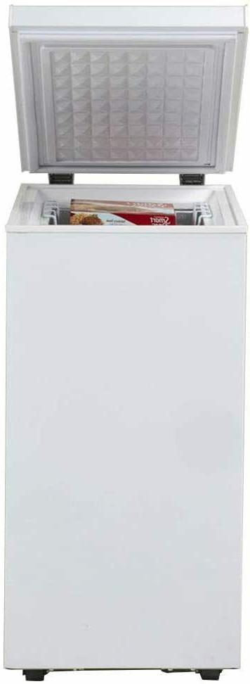 2 5 cu ft chest freezer white