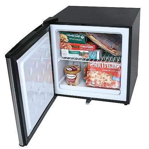 EdgeStar 1.1 Cu. Ft. Freezer w/Lock - Steel
