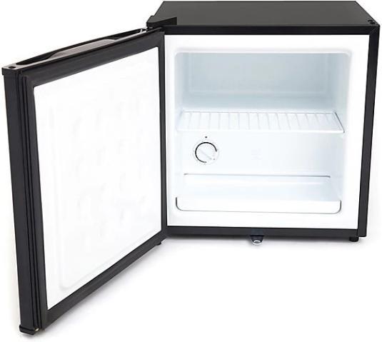 Whynter CUF-110B ft. Freezer with Lock