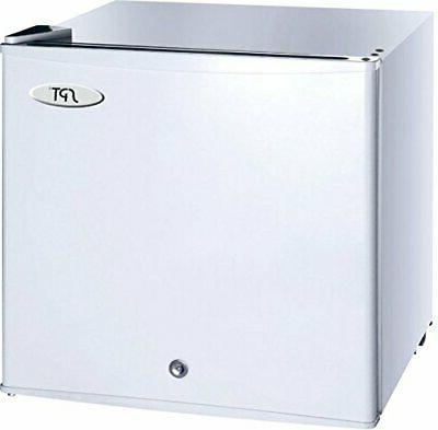 Sunpentown 1.1 Upright Freezer with Energy Star-White, Gray