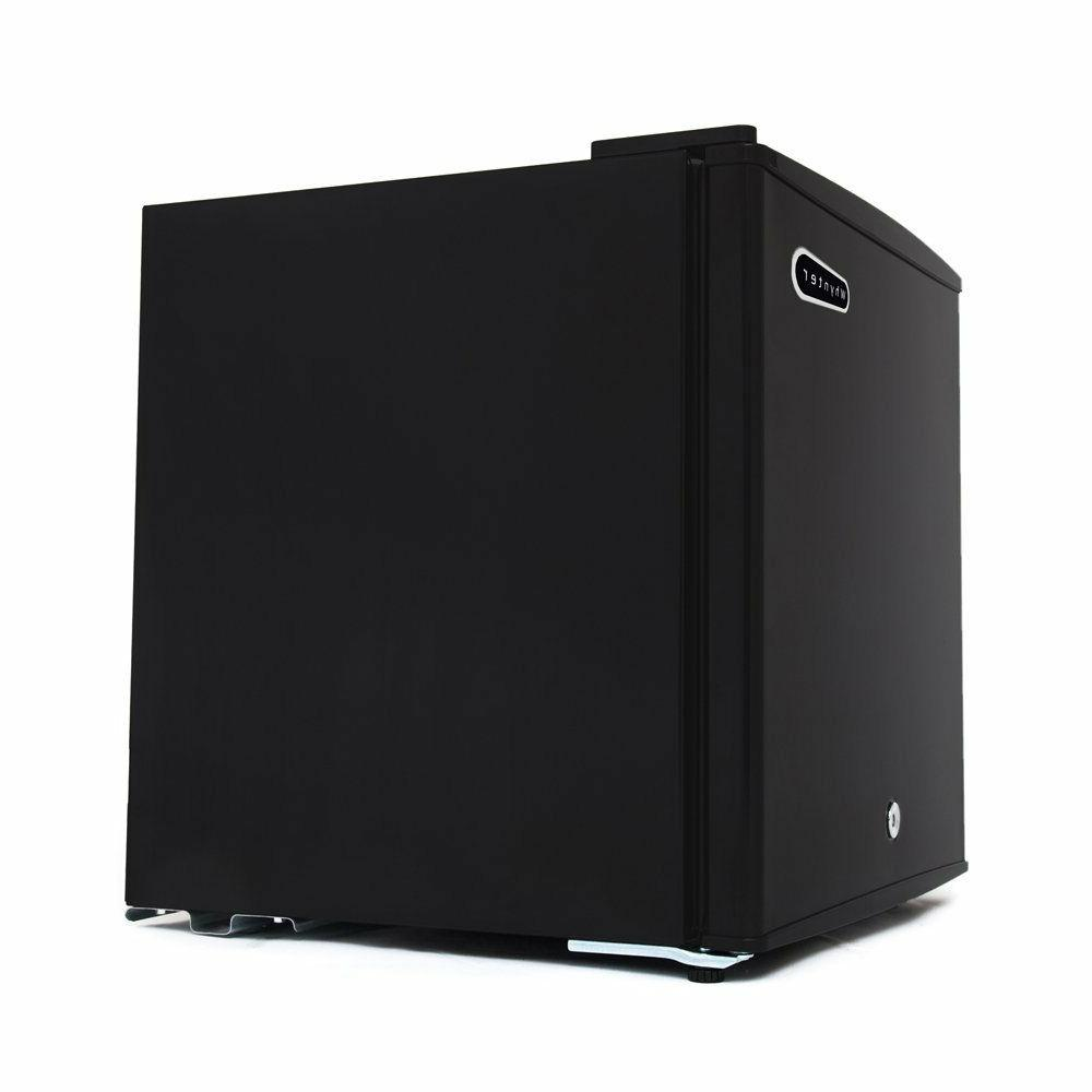 Compact Lock Black Kitchen Appliance
