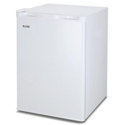 white 2 6 cu ft compact refrigerator