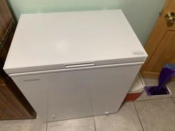 Pre Owned Insignia - 5.0 Cu. Ft. Chest Freezer - White