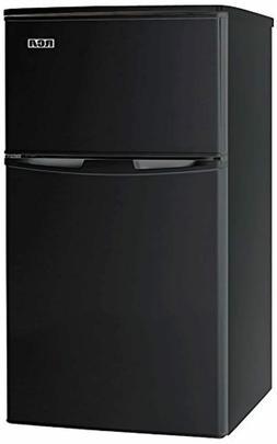 RCA RFR835-Black 3.2 Cubc Foot 2 Door Fridge and Freezer, Bl